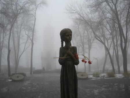 holodomor-memorial1